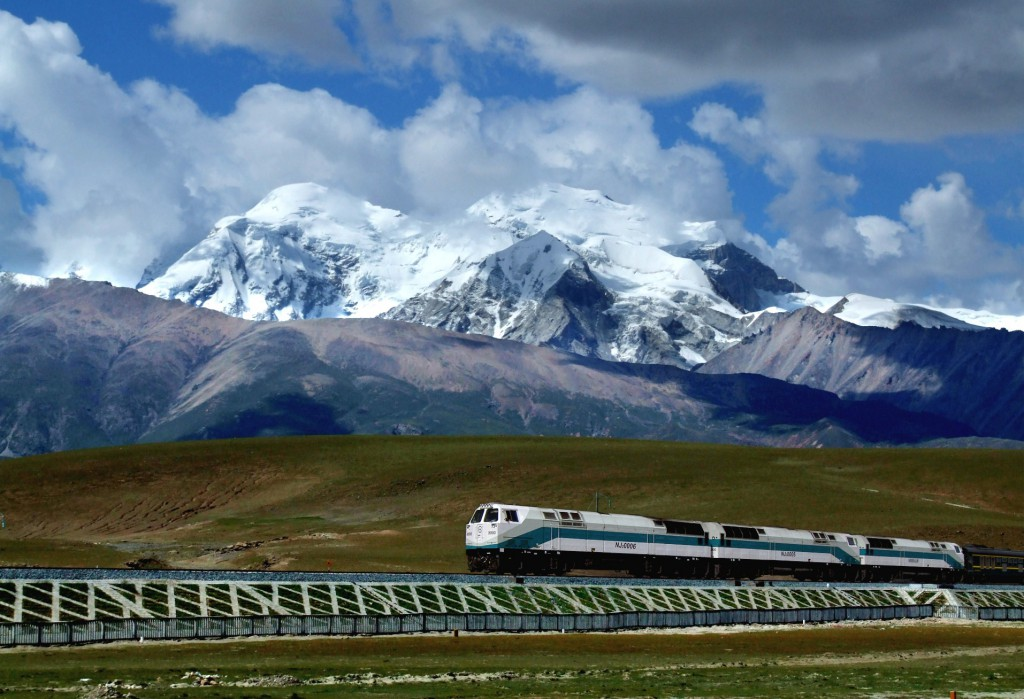 China_and_Tibet_Tour _Sky_Train