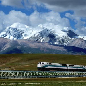China_to_Tibet_Sky_Train